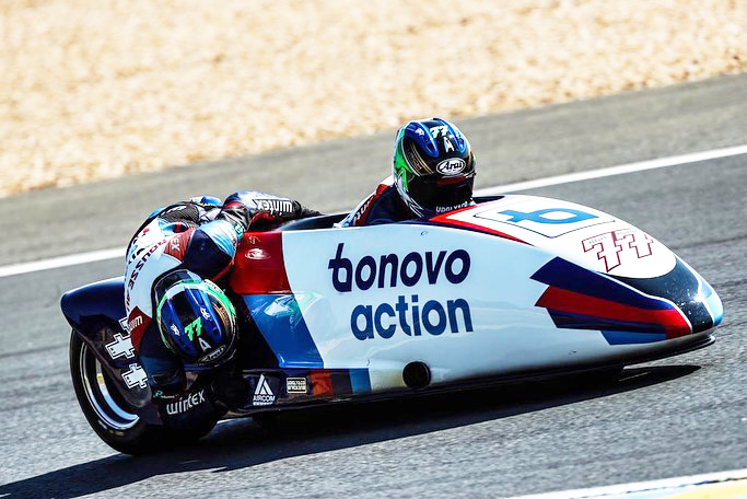 Bonovo Action - Tim Reeves and Kevin Rousseau
