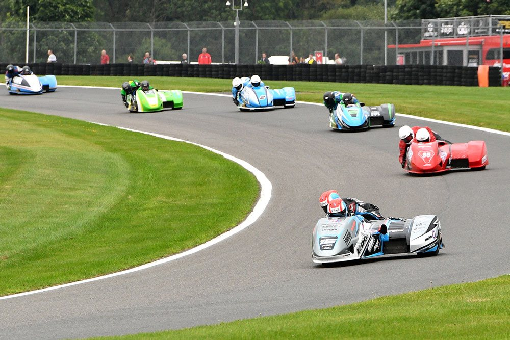 British F1: Damp Cadwell Park sees Birchall brothers increase lead